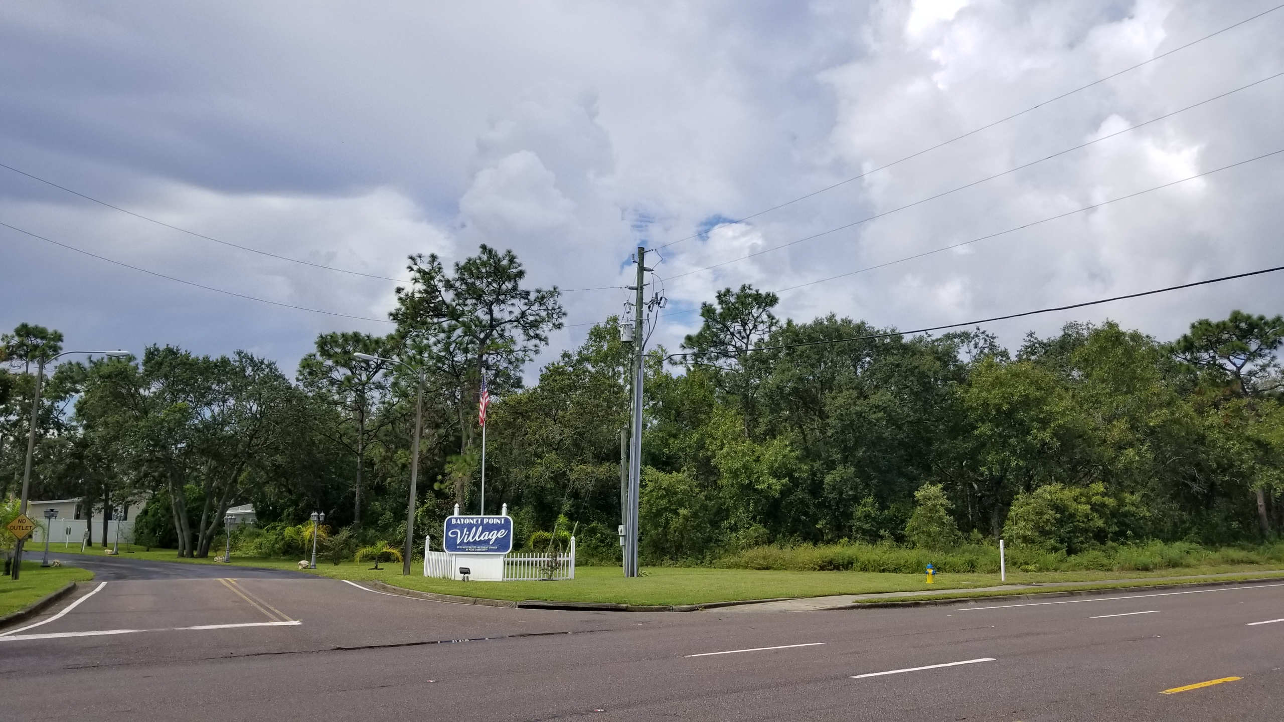 Land - State Rd 52 - 4 Acres + for 2 Corner Lots Zoned C2